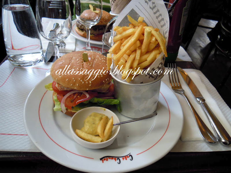 Paris-Caf-C3-A9-Charlot
