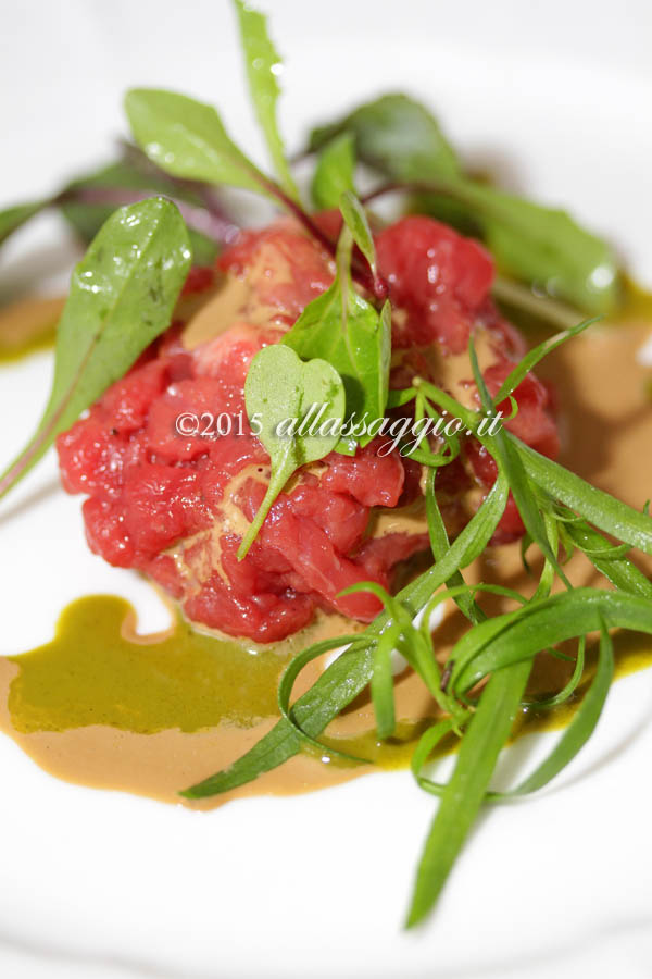 Tartare di Marchigiana anemone di mare e salsa verde